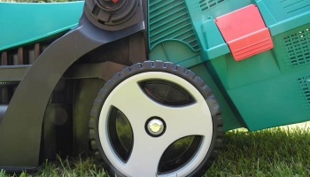 When to Replace Mower Blades- You Need to Know